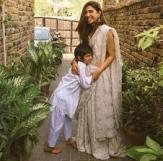 Mahira Khan with her son