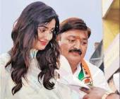 Neha Sharma with her father