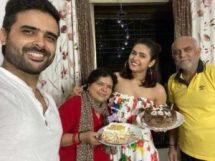 मधुरिमा तुली अपने परिवार के साथ