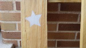 muebles con palets con estrella chalk paint