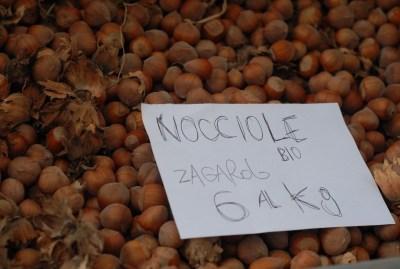 WIKI HOSTEL FAMILY pantasema farm nuts