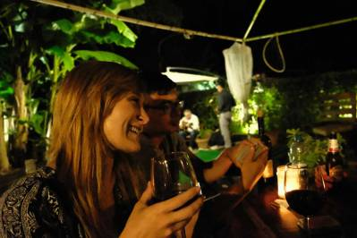 wiki-hostel-social-wine-hostel-girl-wine-glass