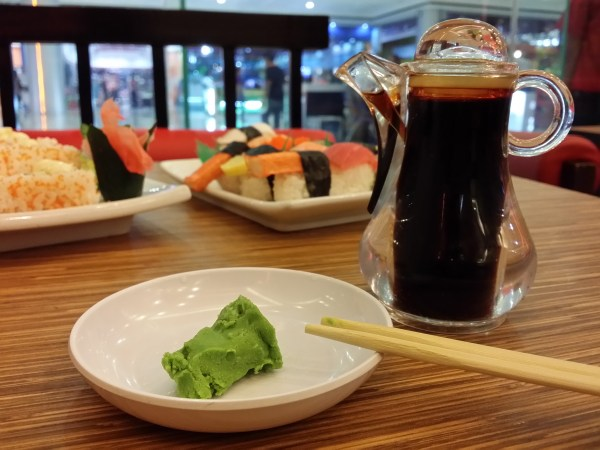 How to Eat Authentic Japanese Cuisine: 9 Steps (with Pictures)