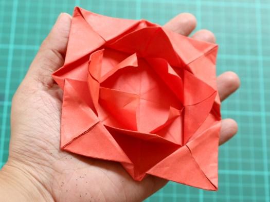 Easy sticky note origami flower origami tutorial lets make it easy sticky note origami flower comot mightylinksfo