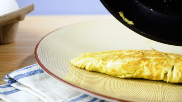 How to Cook a Basic Omelette