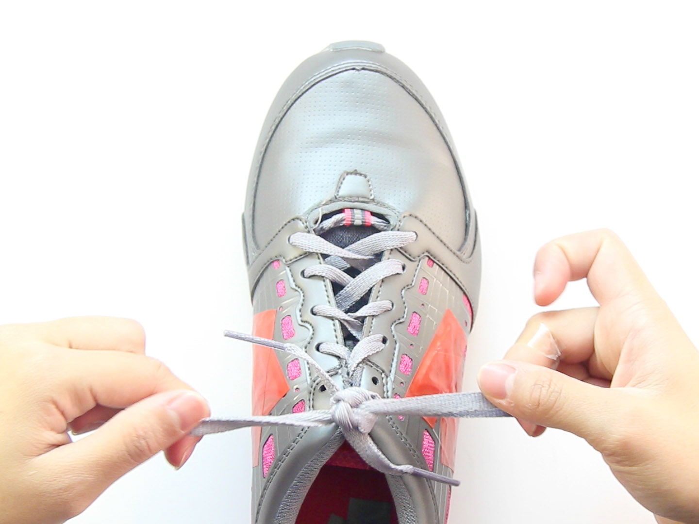 3 Ways To Tie Your Shoes