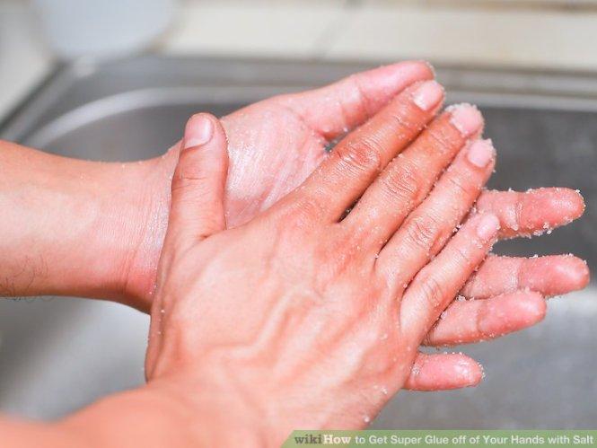 Image Led Get Super Glue Off Skin Step 1