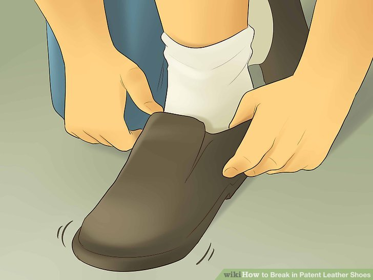 Break in Patent Leather Shoes Step 7.jpg