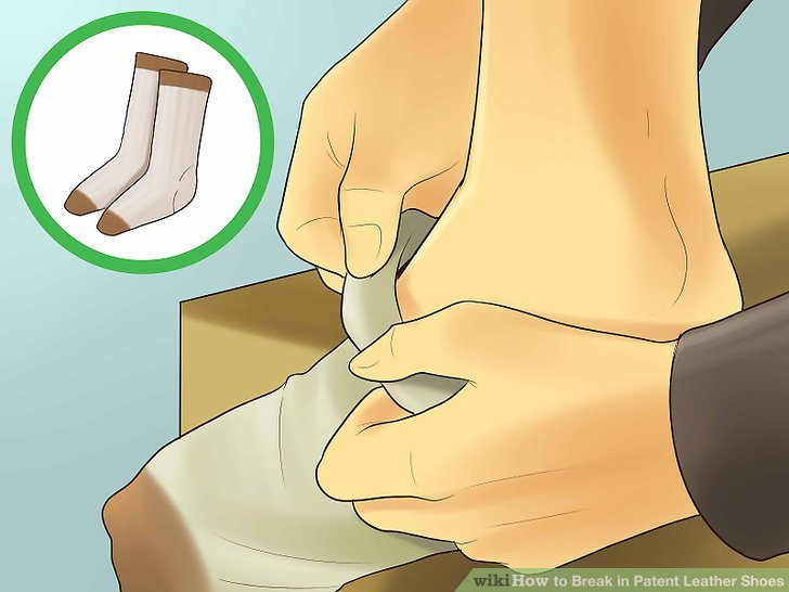 Break in Patent Leather Shoes Step 6.jpg