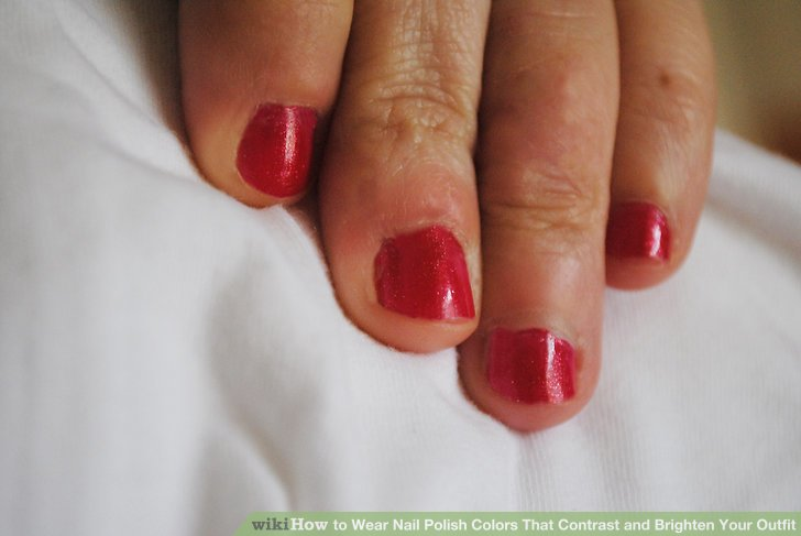 Image Led Wear Nail Polish Colors That Contrast And Brighten Your Outfit Step 3