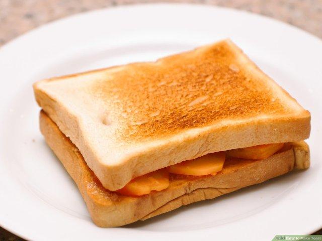 7 Ways to Make Toast - wikiHow Life