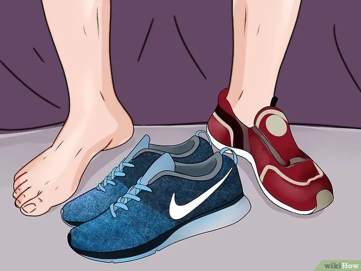 Immagine titolata Prevent Foot Blisters Step 14