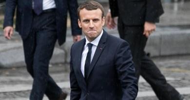 Rp 414 Juta Untuk Makeup Macron, Ini Kata Istana Kepresidenan