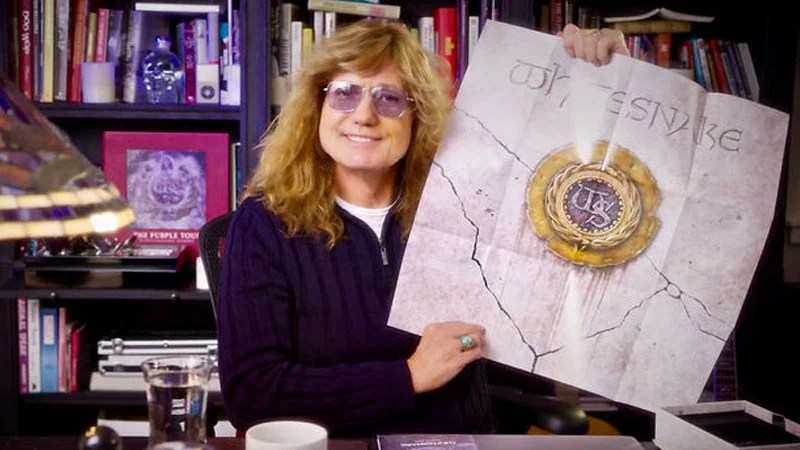 David Coverdale mostra edição deluxe do álbum de 1987