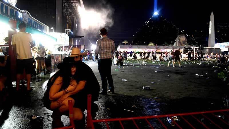 Músicos prestam homenagem a vítimas do atentado em Las Vegas