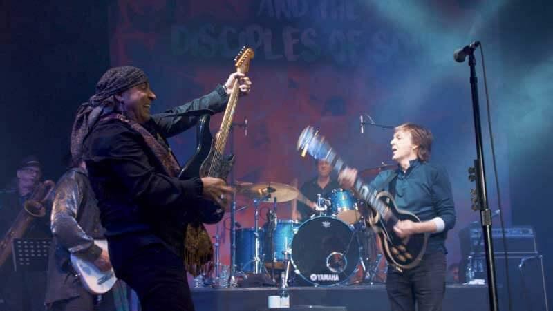 Steven Van Zandt e Paul McCartney tocam juntos em Londres