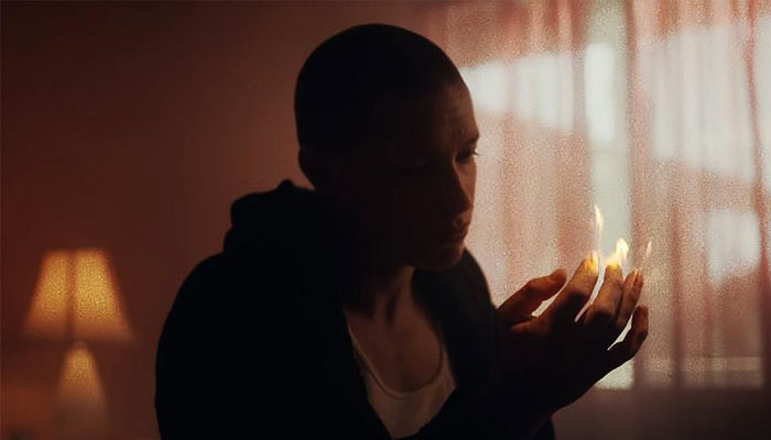 "Rise Against divulga comovente clipe para ""House On Fire"""