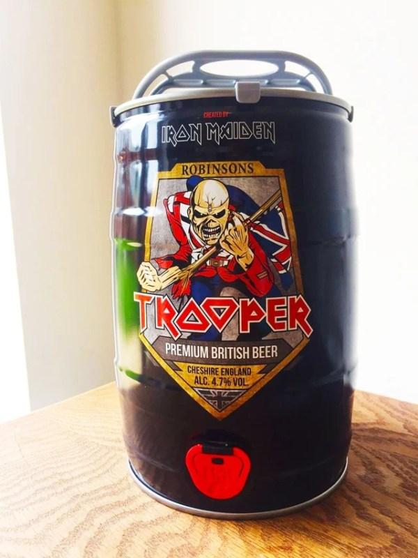 Iron Maiden: Barril de 5 litros da cerveja The Trooper chega ao Brasil