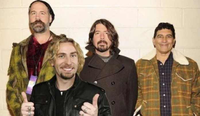 Campanha online pede reunião do Nirvana com Chad Kroeger no vocal