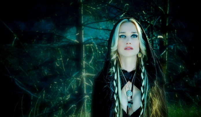 Jill Janus - Huntress
