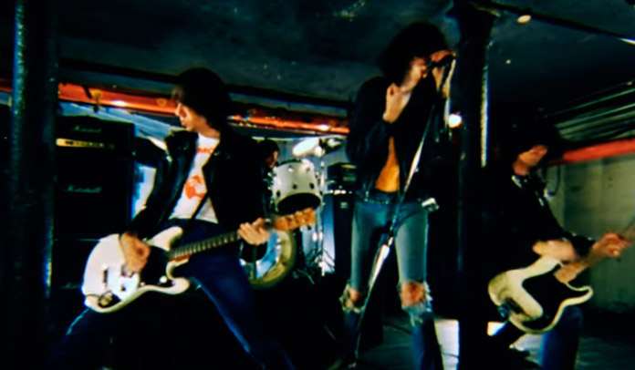 "Ramones lança vídeo inédito de ""I'm Against It"""