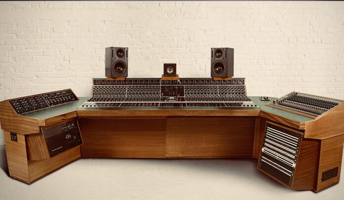 """Led Zeppelin: equipamento usado para gravar """"Stairway To Heaven"""" será leiloado"""