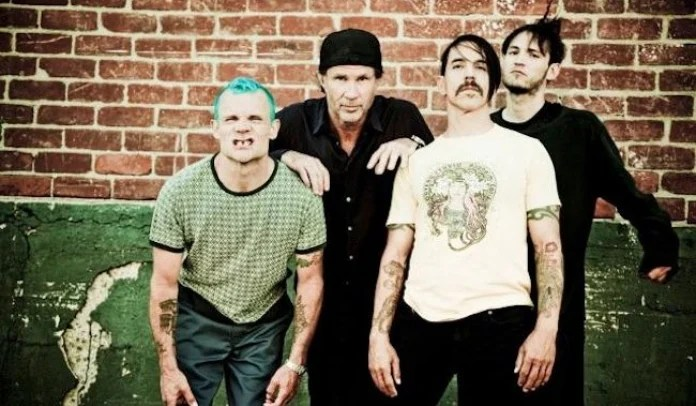Red Hot Chili Peppers fará show nas Pirâmides do Egito
