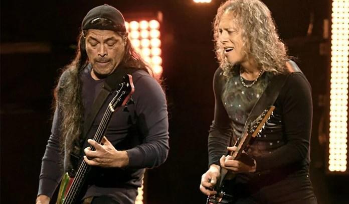 Kirk Hammett e Robert Trujillo do Metallica