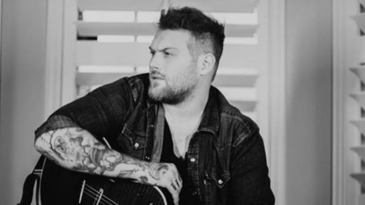 "Danny Worsnop lançou clipe de ""Little Did I Know"""