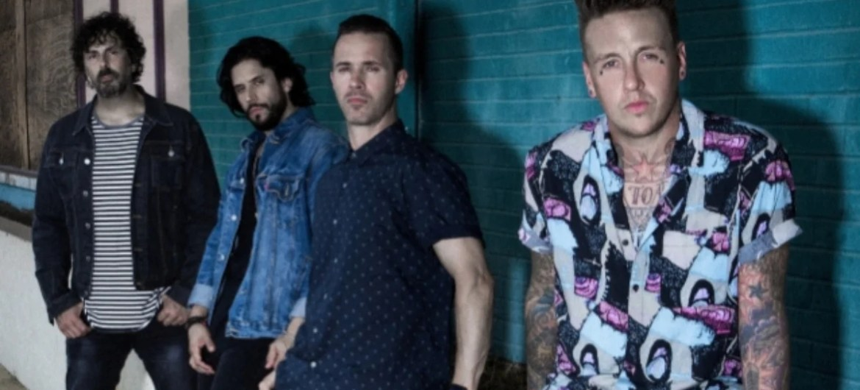 "Papa Roach lança clipe de ""Not The Only One"""