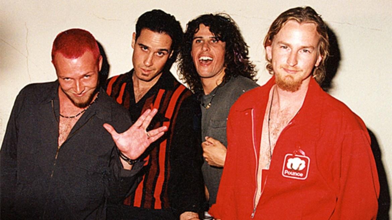 Stone Temple Pilots anuncia verão super deluxe de Purple