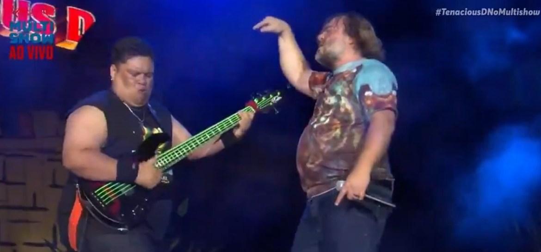 Junior Bass Groovador participa de show do Tenacious D