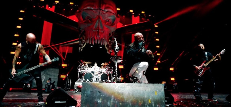 """Five Finger Death Punch lança clipe de """"Inside Out"""""""