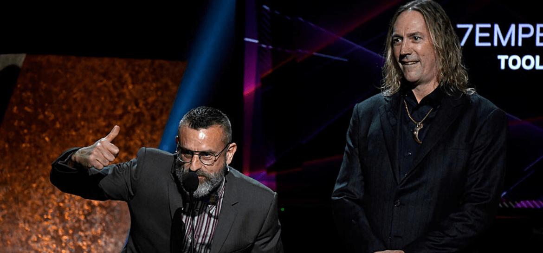 Justin Chancellor e Danny Carey do Tool no Grammy 2020