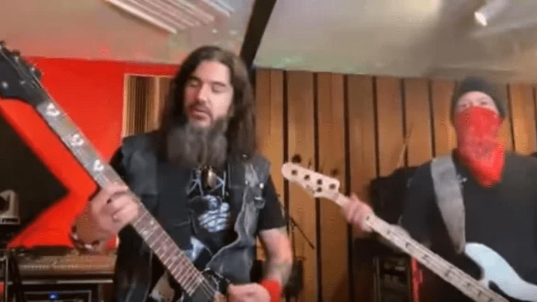 Machine Head: Robb Flynn faz cover de Metallica