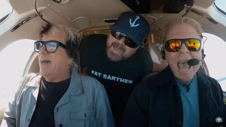 The Offspring no Cockpit Karaoke