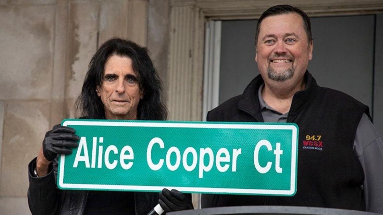 Alice Cooper ganha rua com seu nome