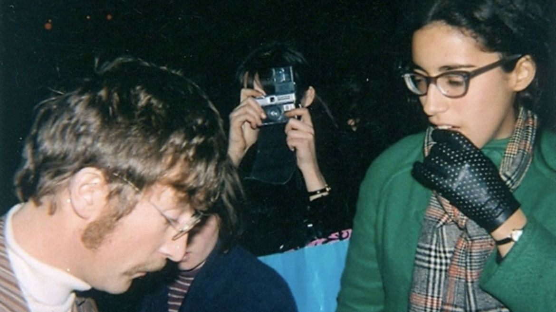 John Lennon e Lizzie Bravo