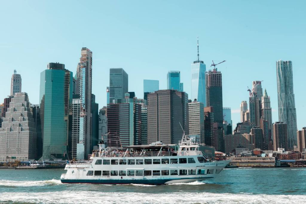 Schiff in New York