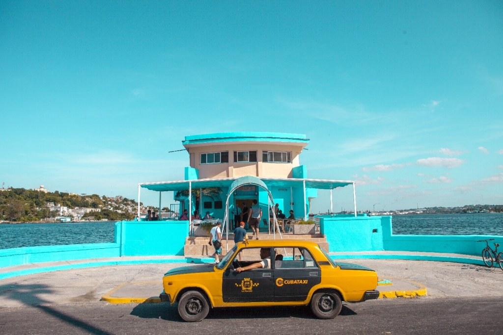 Kuba Taxi offiziell