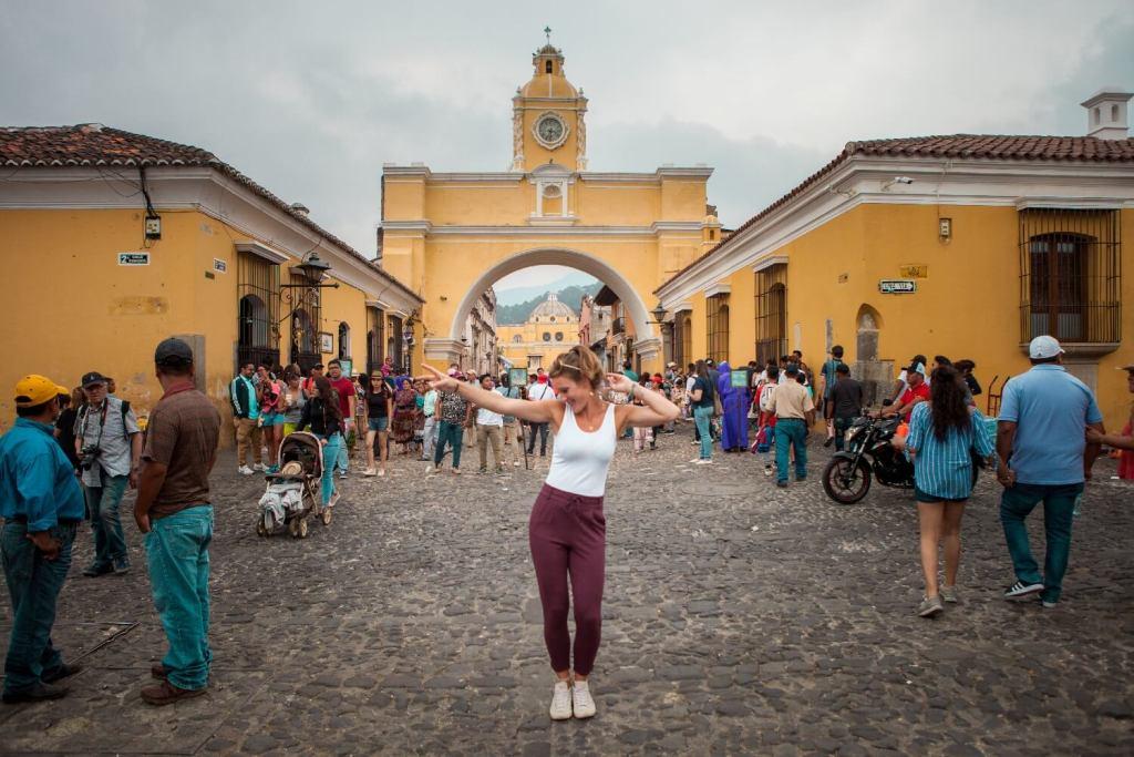 Antigua gelbes Tor