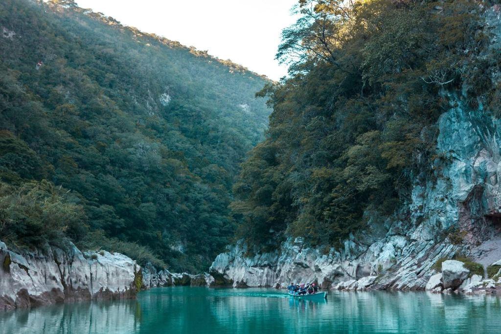 Wasserfall Cascada de Tamul Bootstour