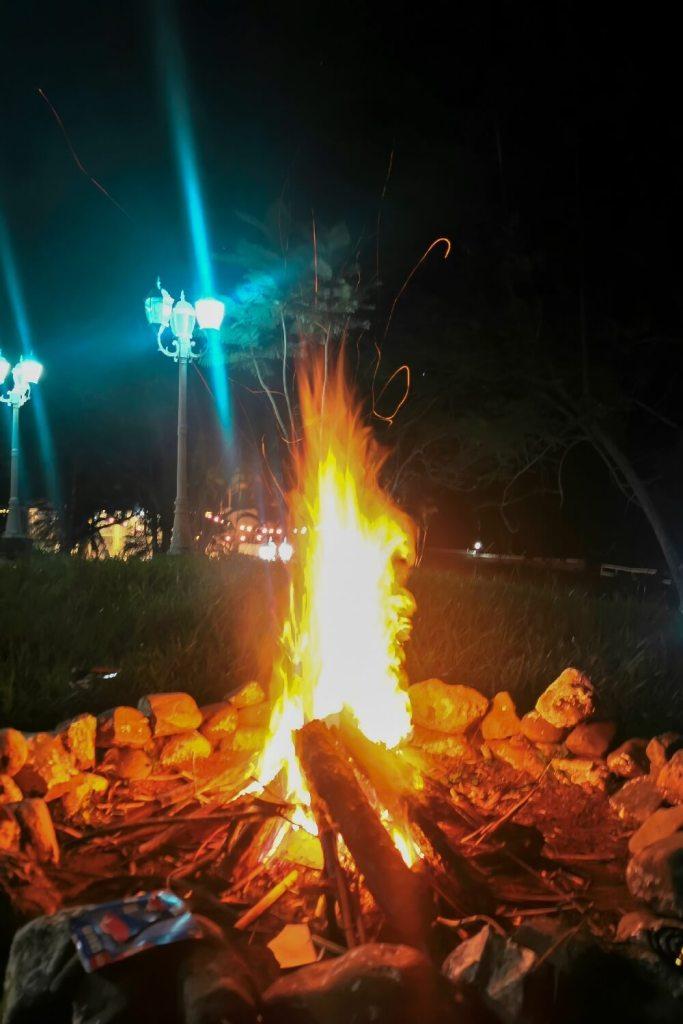 Lagerfeuer in Chinautla