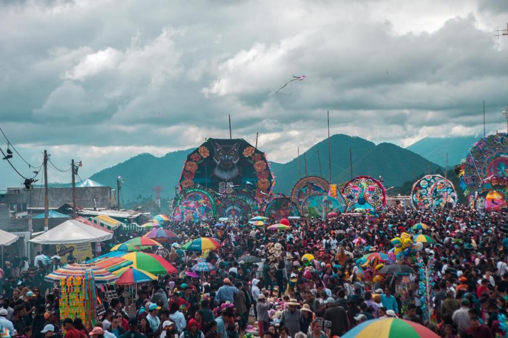 Auswandern Guatemala Drachenfest