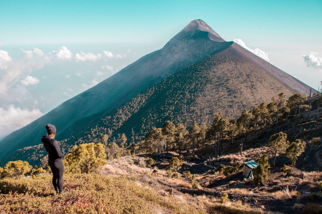 Wunderschöner Blick auf den Vulkan Fuego