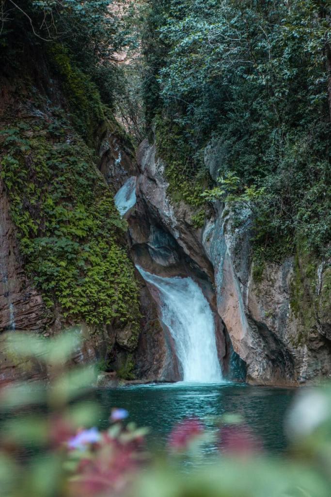 Wasserfall Salto de Caburní