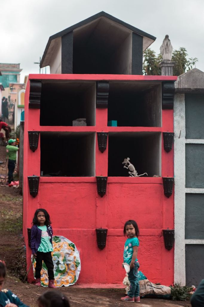 bunter Friedhof am Drachenfest in Guatemala