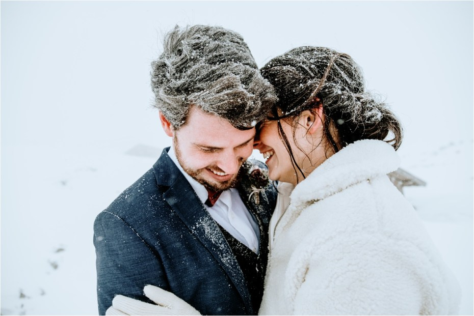 Winter elopement on the Krippenstein mountain in Hallstatt Austria by Wild Connections Photography