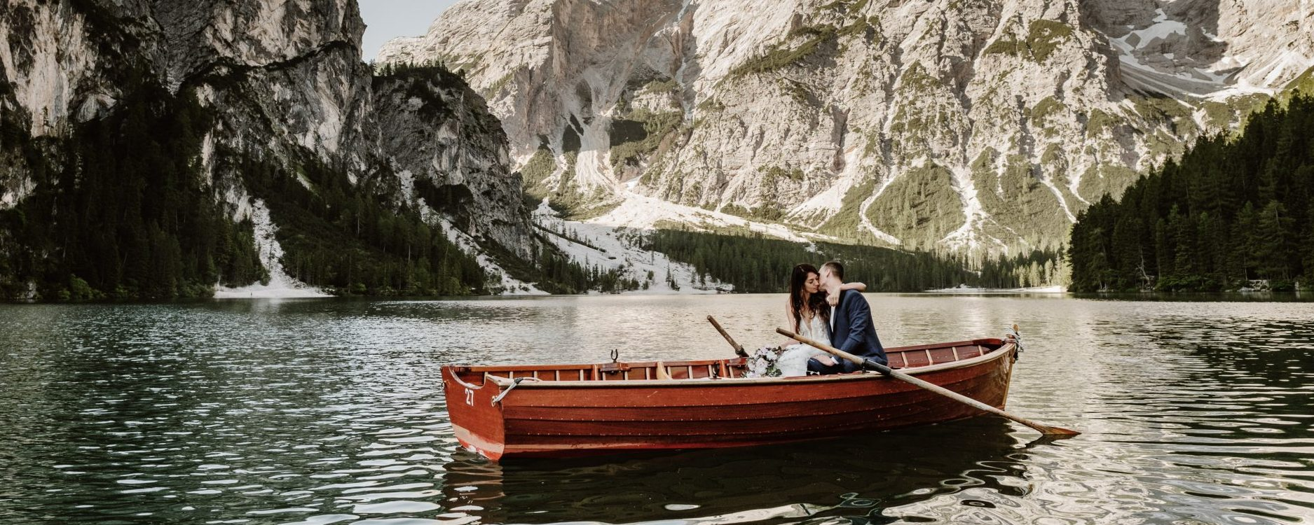 An elopement wedding at Lago di Braies in the Dolomites by Wild Connections Photography