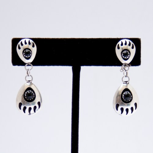 Native American Zuni Black Jet Bear Paw Earrings